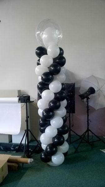 Kolumna z balonów