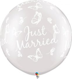 """30"""" / 76cm Just Married Butterflies-A-Round Pearl White Qualatex #31562-1"""
